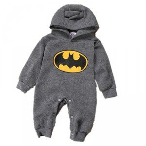 Batman kapucnis rugdalózó