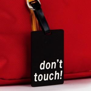 Don't touch! bőröndcímke