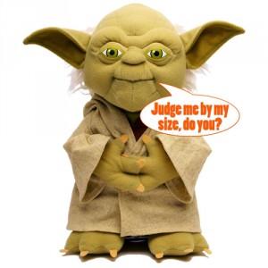 Yoda beszélő plüss figura