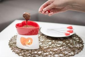 Szív alakú fondue készítő