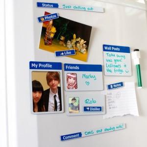 Facebook hűtőmágnes